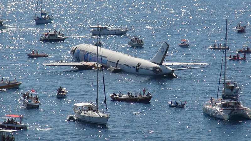 تركيا تغرق طائرة ايرباص (1)