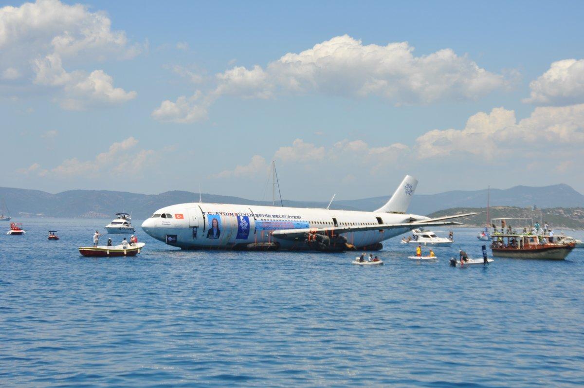 تركيا تغرق طائرة ايرباص (2)