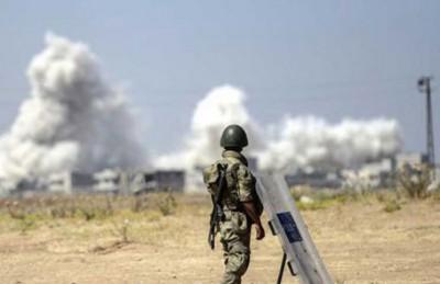 تركيا تقصف مواقع داعش وبي كاكا