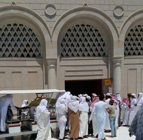 تزاحم تشييع جثمان الشيخ ايوب (1)