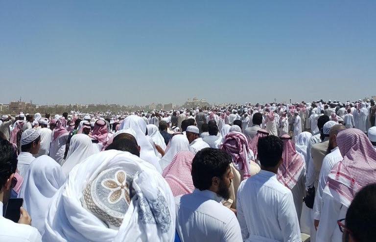 تزاحم تشييع جثمان الشيخ ايوب (16)