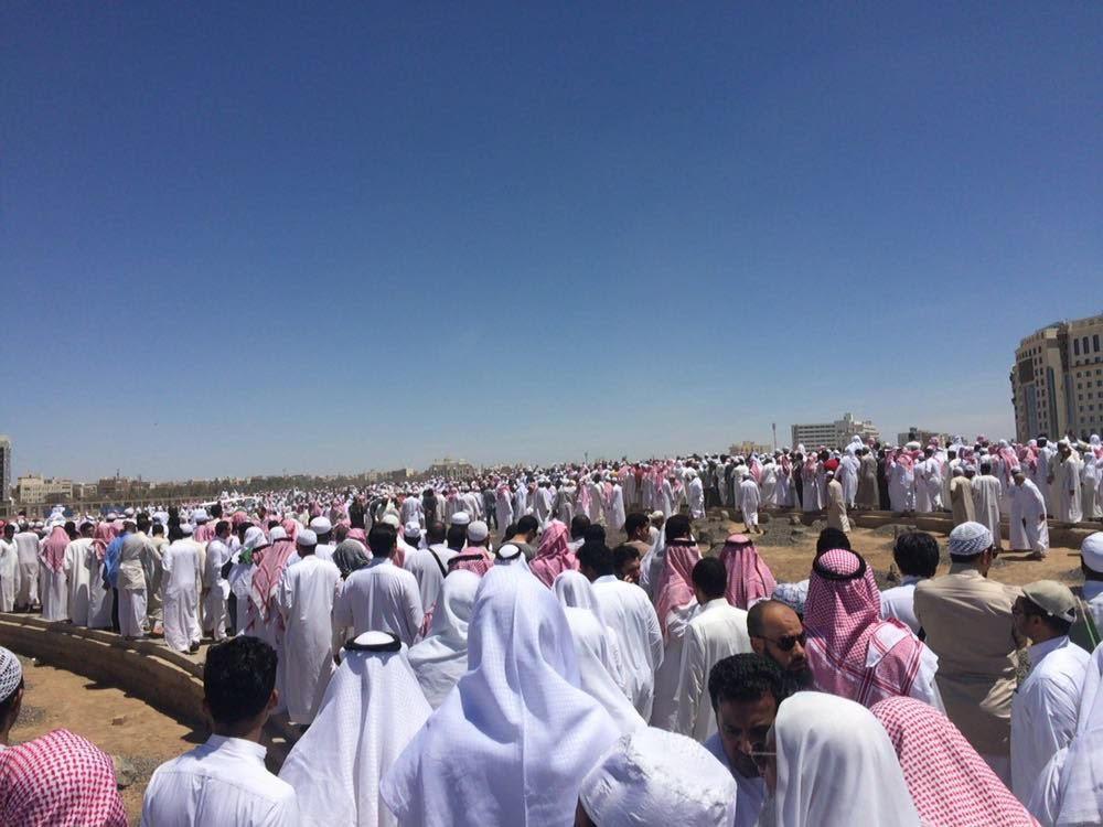 تزاحم تشييع جثمان الشيخ ايوب (18)