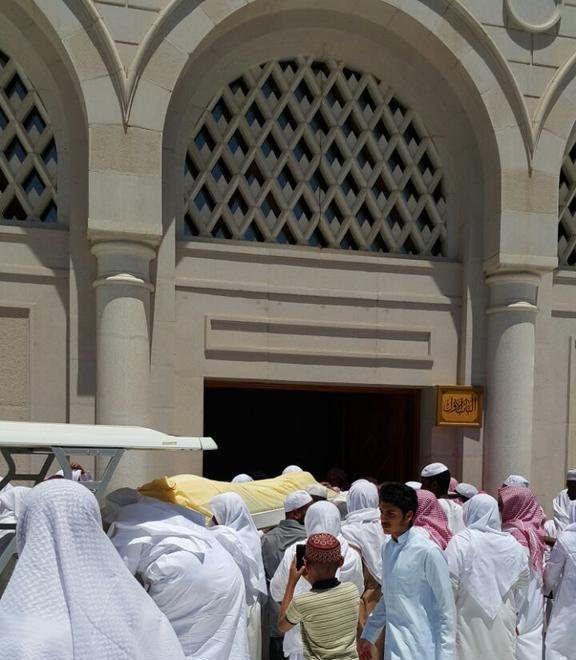 تزاحم تشييع جثمان الشيخ ايوب (3)