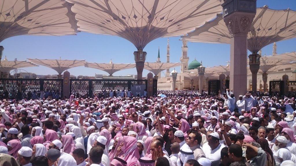 تزاحم تشييع جثمان الشيخ ايوب (6)