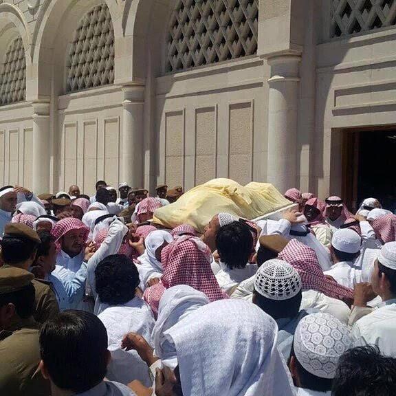 تزاحم تشييع جثمان الشيخ ايوب (9)