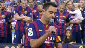 بالفيديو والصورة.. جماهير برشلونة تودع قائدها وداعًا يليق بالأساطير