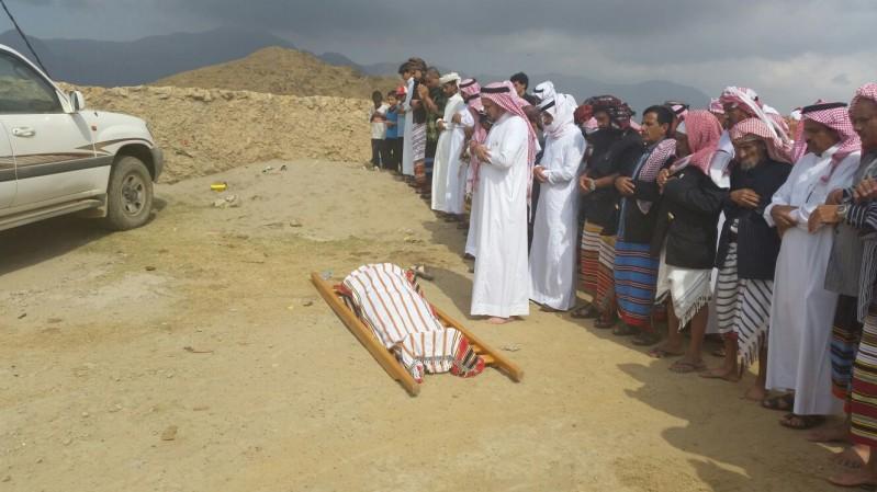 تشييع-الشهيد-قرادي (2)