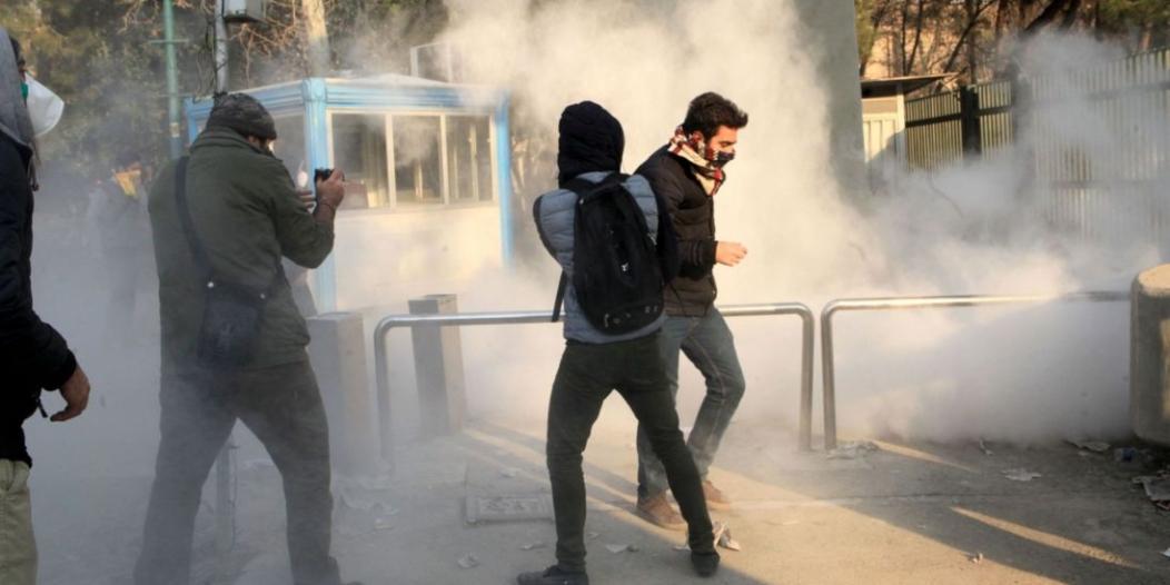 ثورة إيران تُعرض غوغل للانتقادات .. وخبراء يقدمون للمتظاهرين حلول حظر الإنترنت