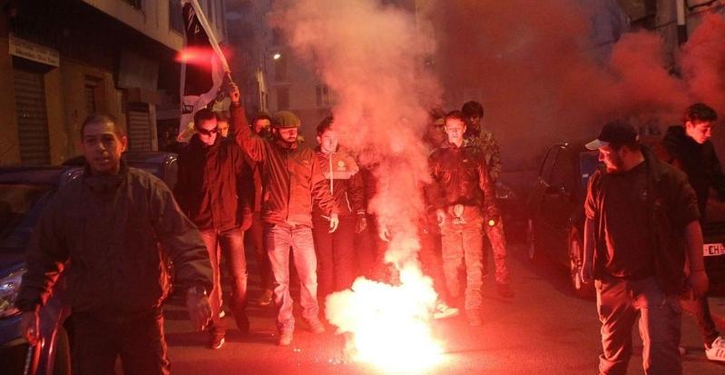 تظاهرات-بطرد-العرب-من-جزيرة-فرنسية
