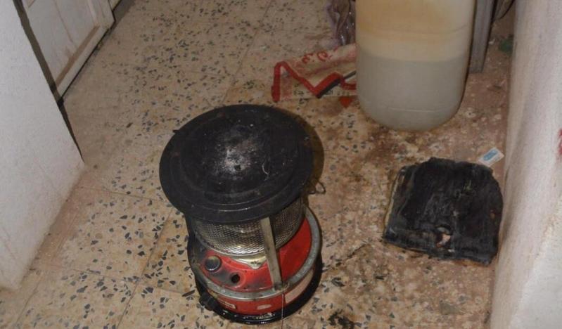 تعبئة مدفئة كروسين بطريقة خاطئة تتسبب بحريق شقة (2)