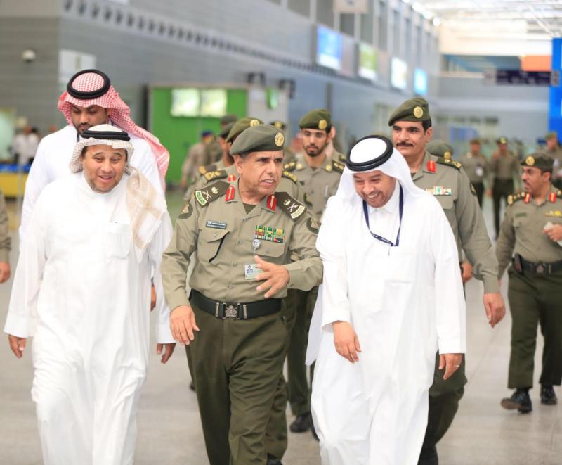 تعرف على توجيهات اليحيى للعاملين في صالات الحج بمطار الملك عبد العزيز 6