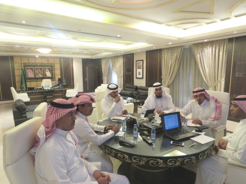 تعليم الرياض يبدأ توزيع المقررات الدراسية على المدارس
