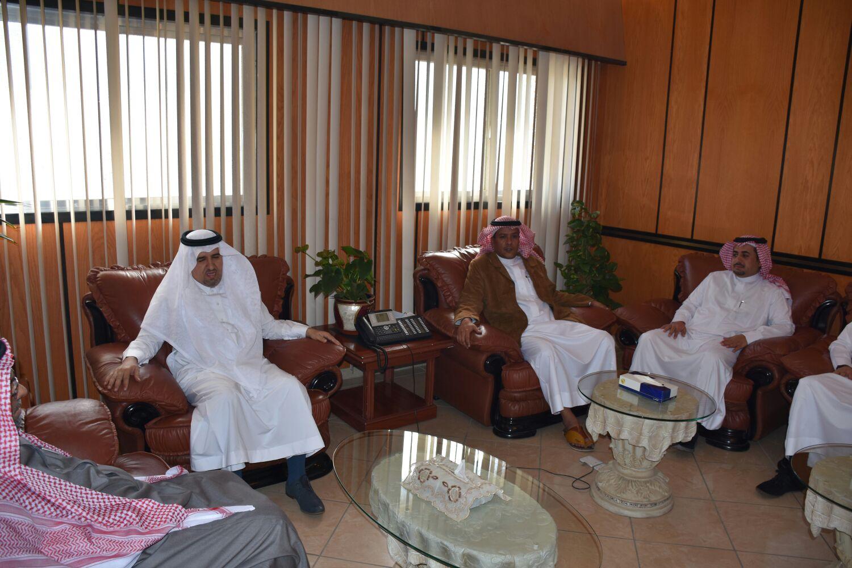 تعيين صالح بن سعد المؤنس مدير صحة الطائف (4)