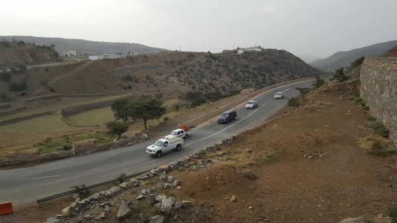 تغيير مسار السيارات بعد هبوط كبري الجعد 3