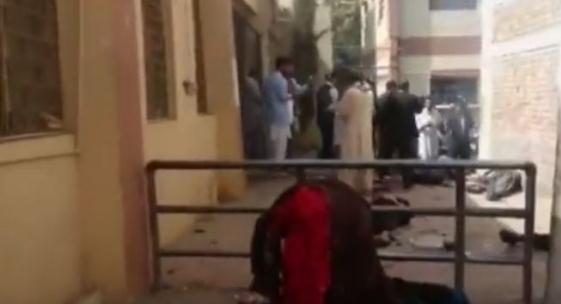 تفجير انتحاري يقتل 53 استهدف جنازة في باكستان