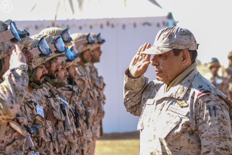 تفقد قائد المنطقة الشمالية للقوات الواصلة المشاركة في مناورات رعد الشمال