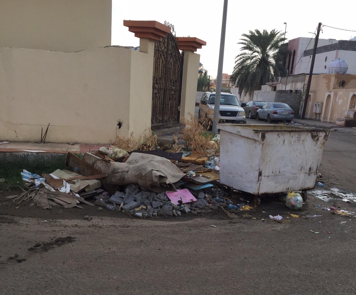 تكدس-النفايات-بمطار-جازان-واحياء-الجبل (3)