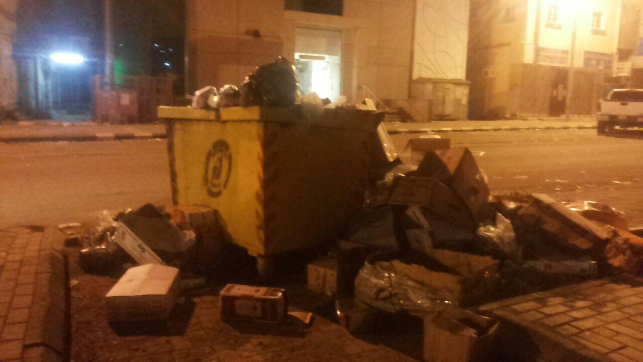 تكدس-النفايات-بمطار-جازان-واحياء-الجبل (8)