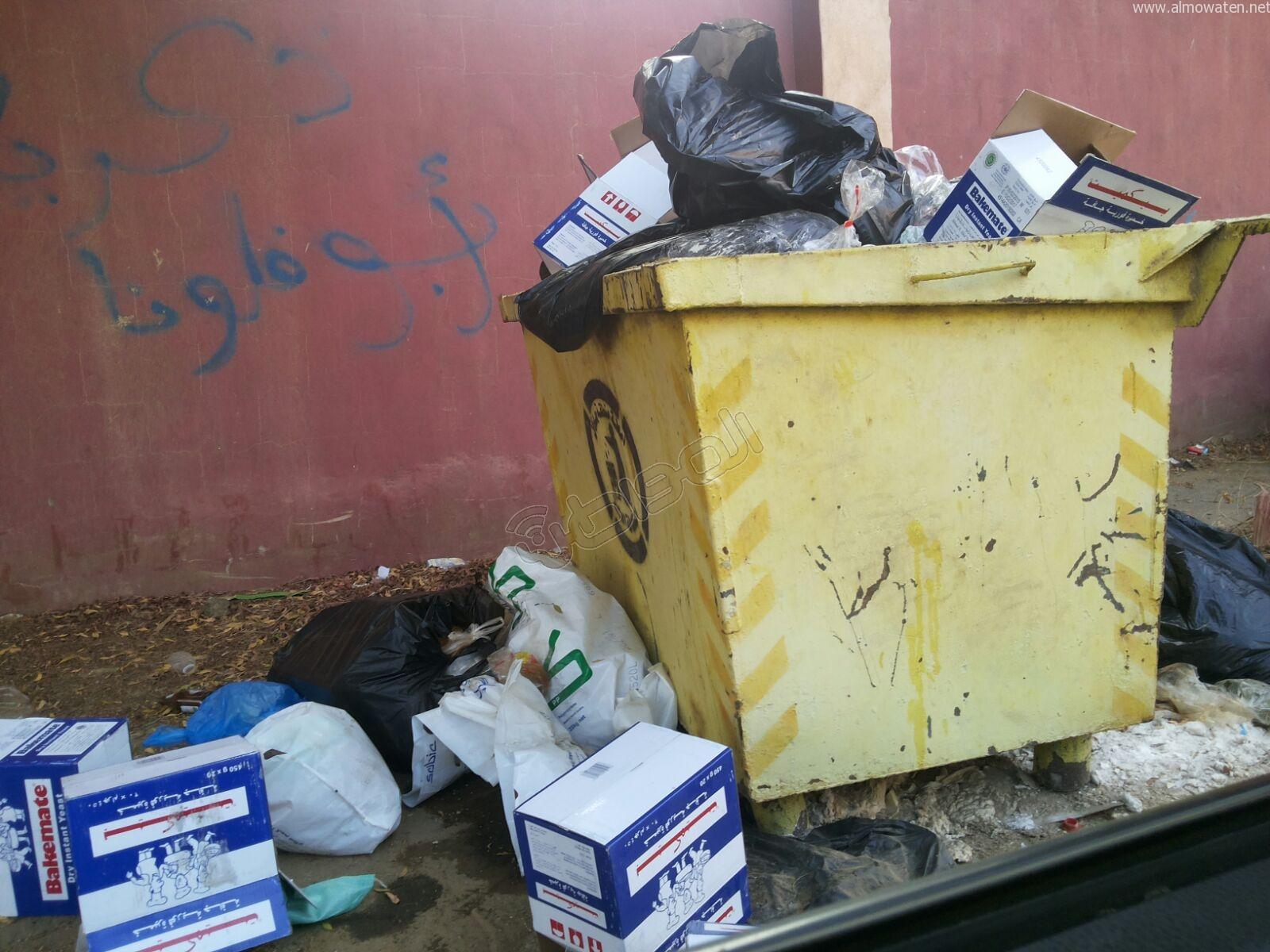 تكدس النفايات في كربوس #جازان منذ شهرين (5)