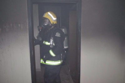 تماس كهربائي يشعل أحد المنازل في رفحاء (215166477) 