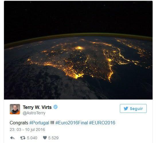 تهنئة فضائية للبرتغال بعد التتويج بيورو 2016 (2)