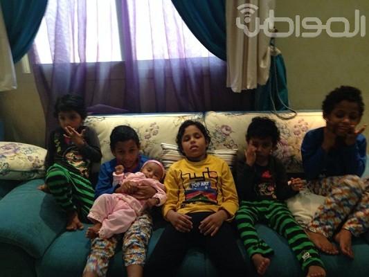 أسرة سعودية تعيش مأساة مع أطفالها الخمسة المصابين بالتوحد - المواطن