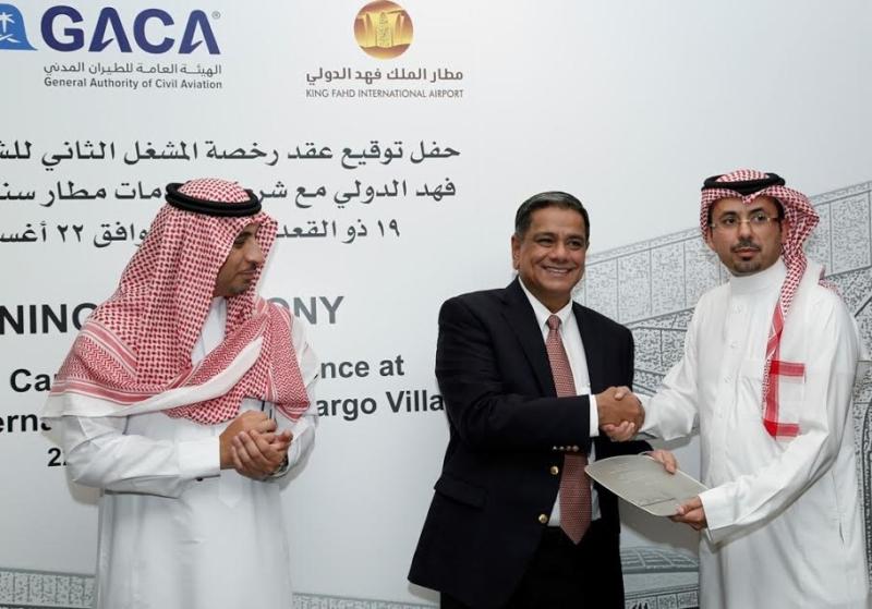 توقيع اتفاقية بين ساتس والطيران المدني2