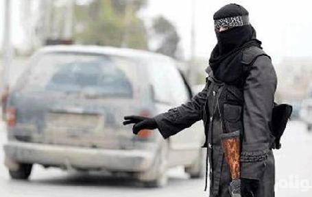 تونسي يتبرأ من ابنته ويكشف تفاصيل التحاقها بـداعش