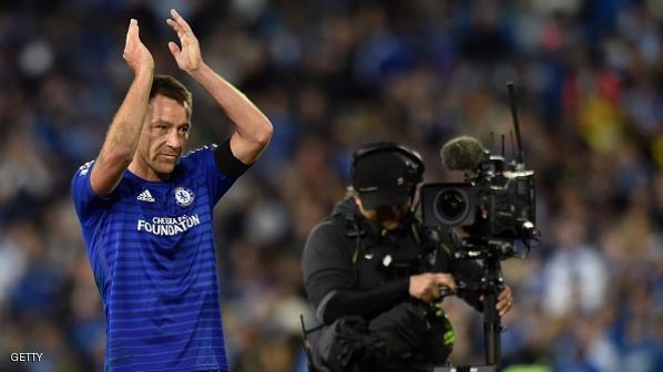 Chelsea's captain John Terry (R) acknowledges spectators' applauss at the end of a friendly match with Sydney FC in the ANZ Stadium in Sydney on June 2, 2015.  AFP PHOTO/ Saeed KHAN --IMAGE RESTRICTED TO EDITORIAL USE - STRICTLY NO COMMERCIAL USE--        (Photo credit should read SAEED KHAN/AFP/Getty Images)