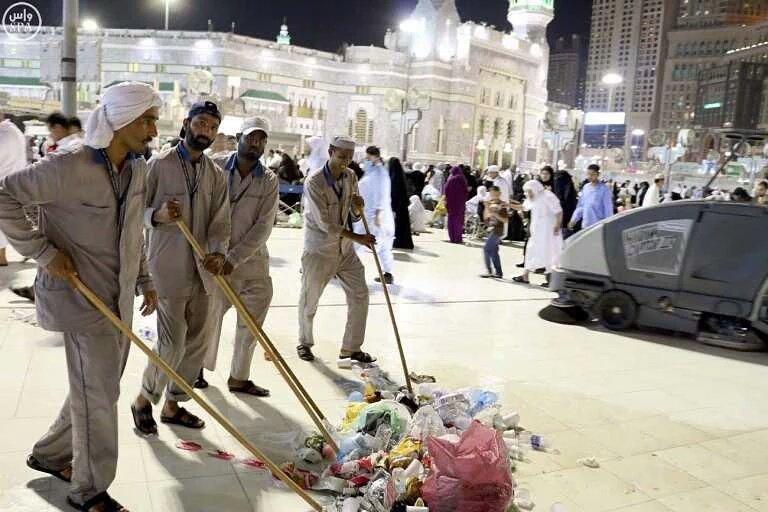 تُسخِّر جميع الإمكانيات لخدمة قاصدي المسجد الحرام (1)