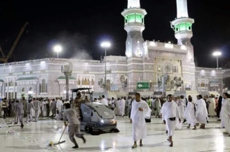 """بالصور.. """"النظافة والفرش"""" تُسخِّر جميع الإمكانيات لخدمة قاصدي المسجد الحرام - المواطن"""