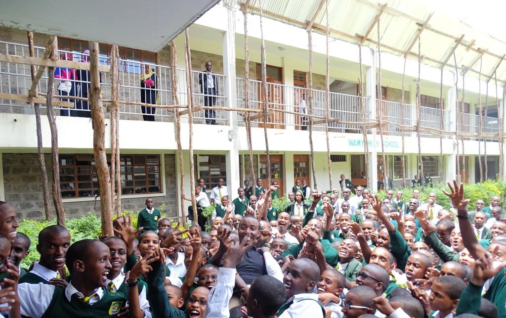 طلاب الندوة العالمية يحرزون المراكز الأولى في امتحانات الثانوية بكينيا