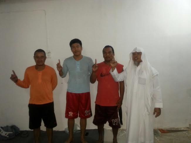 ثلاثة وافدين يشهرون إسلامهم في تعاوني حلي