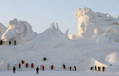 بالصور.. قلعة صينية مبنية من الجليد - المواطن