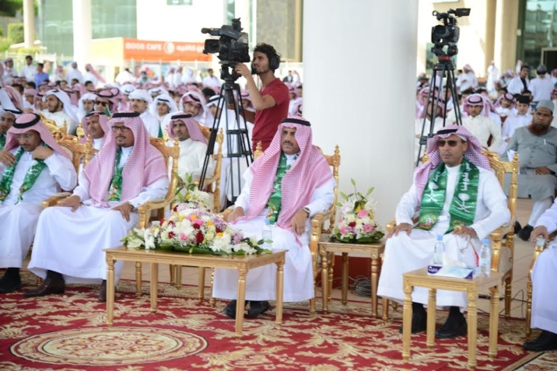 -الملك-خالد-تحتفل-باليوم-الوطني-وتكرم-المشاركين-2