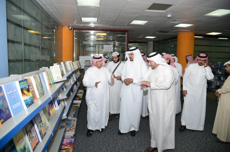جامعة-الملك-خالد-معرض-الكتاب (4)