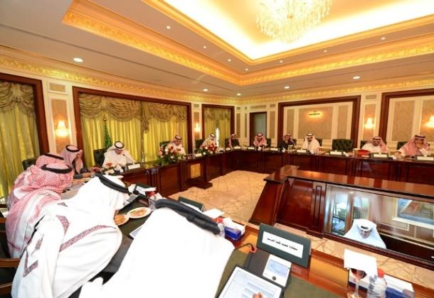 جامعة الملك خالد يوافق على استقطاب عدد من مبتعثي  (2)