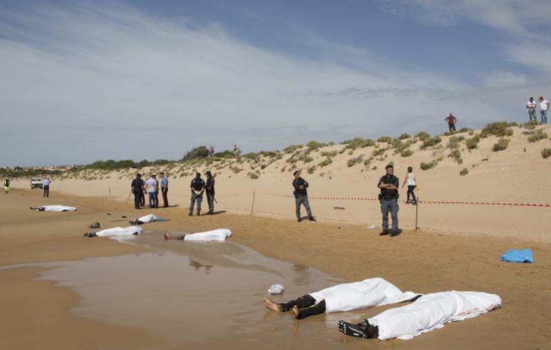 جثث مهاجرين