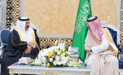 جلالة ملك البحرين يصل إلى جدة 2