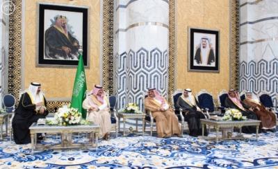 جلالة ملك البحرين يصل إلى جدة 3
