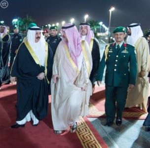 جلالة ملك البحرين يصل إلى جدة 4