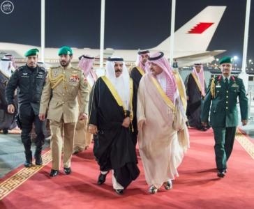 جلالة ملك البحرين يصل إلى جدة 6