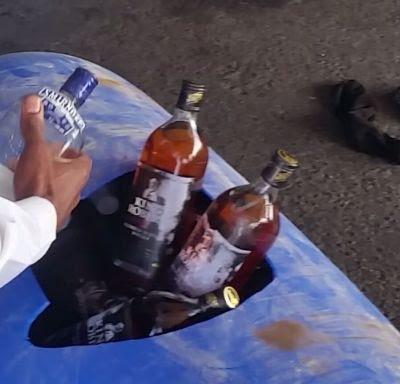 جمرك جسر الملك فهد يحبط محاولتين لتهريب كمية من الخمور