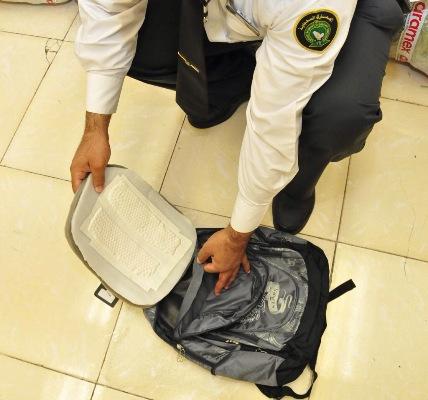 جمرك مطار الملك خالد الدولي (4)