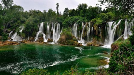 جمل وطبيعة البوسنة والهرسك