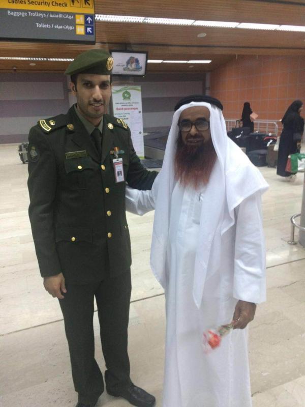 جوازات مطار أبها الإقليمي تُعايد المسافرين (360550884) 