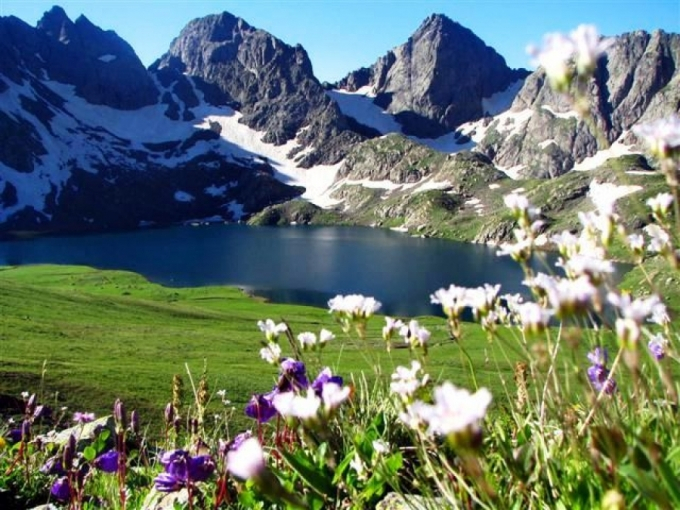 جورجيا سياحة وجمال رائع (2)
