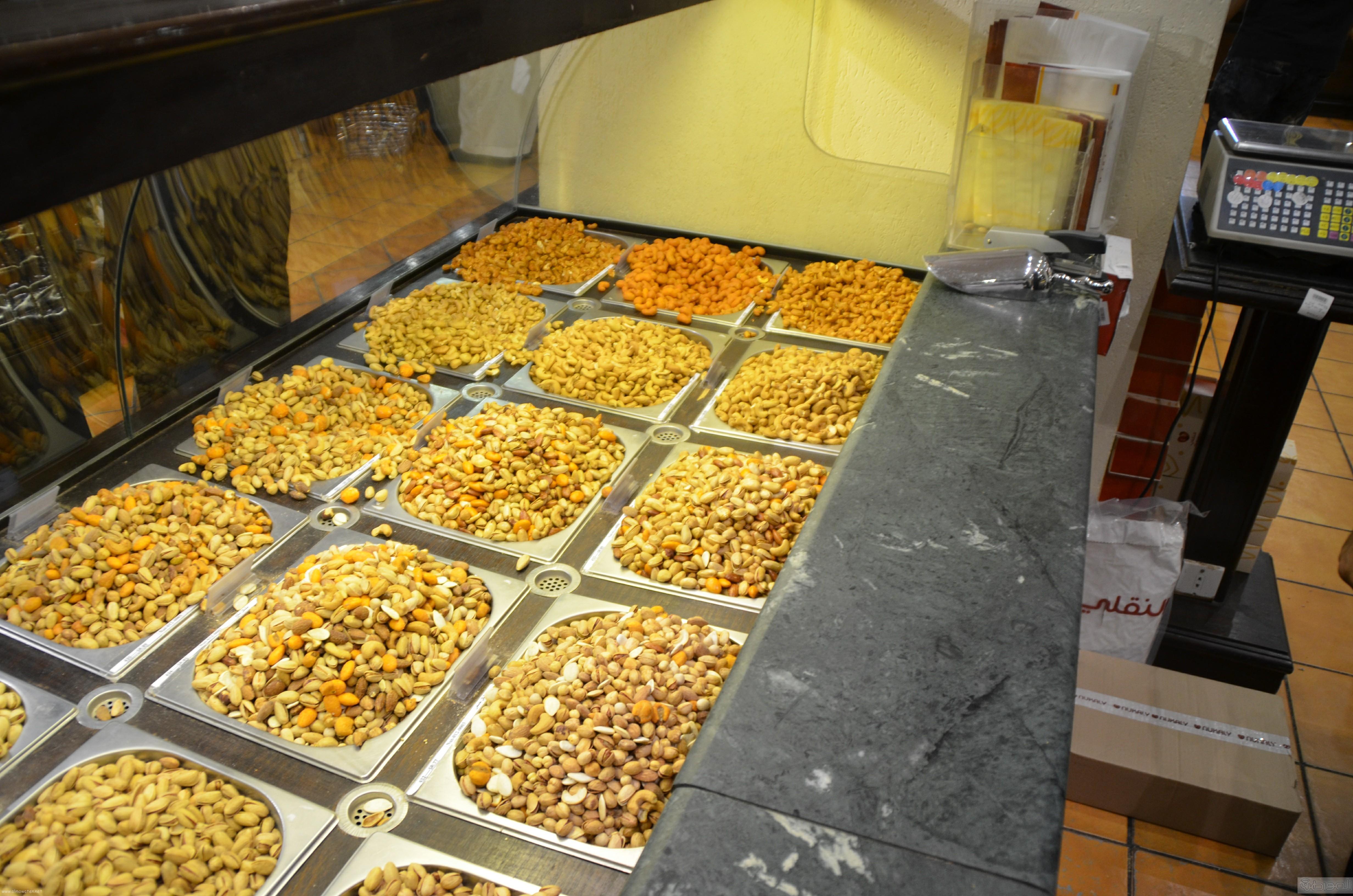 جولة باسواق الحلويات والتمور في جدة قبل العيد (11)
