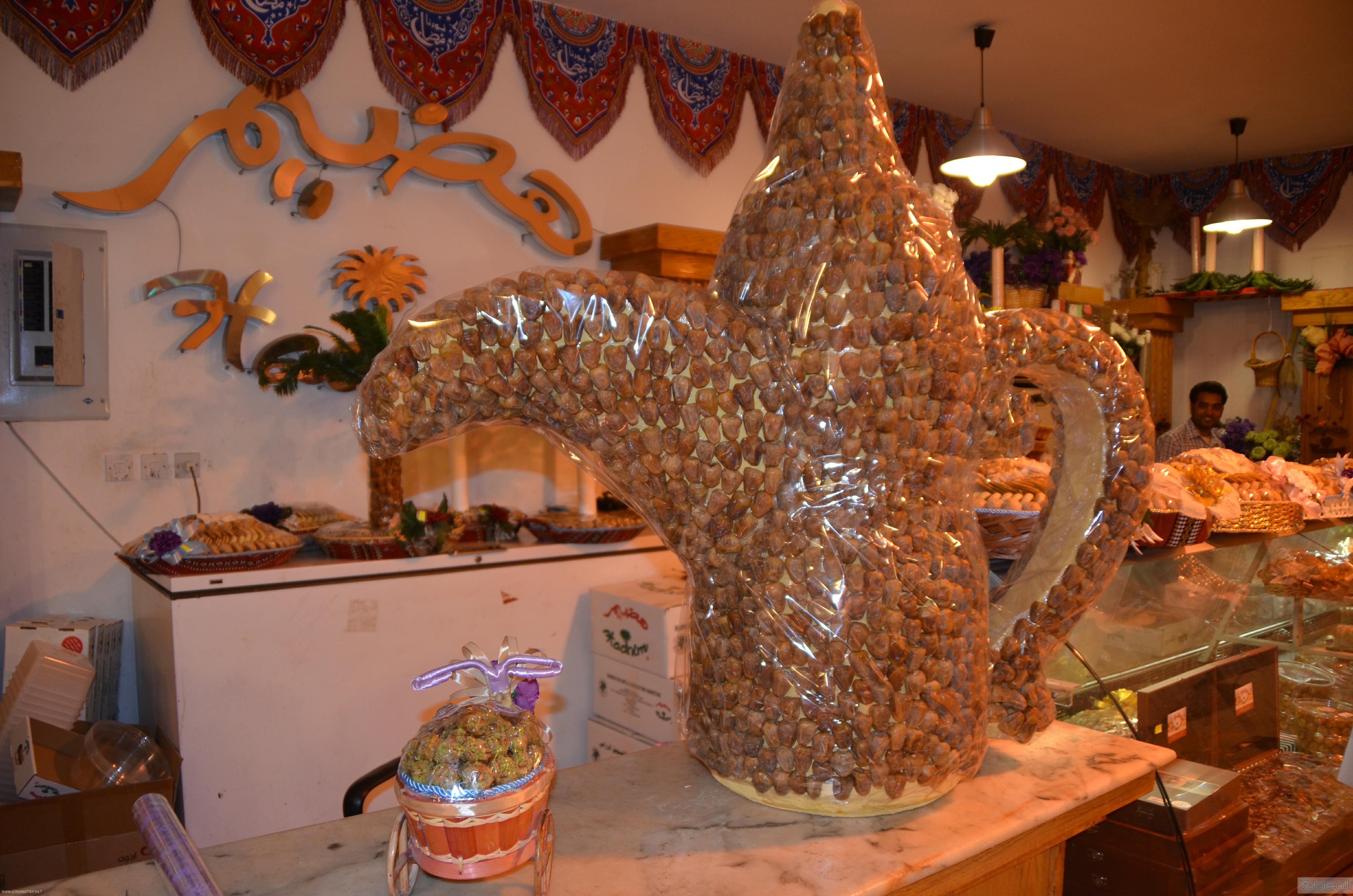جولة باسواق الحلويات والتمور في جدة قبل العيد (17)