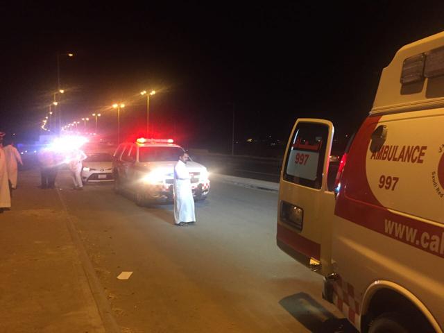 إصابة 5 أشخاص بحادث انقلاب على طريق الملك خالد بالطائف
